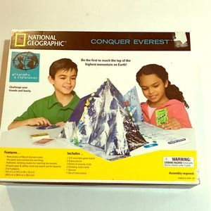 07 National Geographic CONQUER EVEREST Board Game